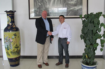 our American customers BG visited us to inspect the production, quality and delivery links.